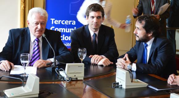 Cambio Climático en Argentina: Secretario de Ambiente de la Nación, Daniel Lorusso; subecretario de Promoción del Desarrollo Sustentable, Juan Pablo Vismara y presidente del COFEMA, Hugo Bilbao.