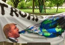 Trump rechazó el Acuerdo de París sobre cambio climático. Miles de activistas se movilizaron en Estados Unidos para protestar por esa decisión. Foto: Becker1999. Licencia: Creative Commons CC BY 2.0.