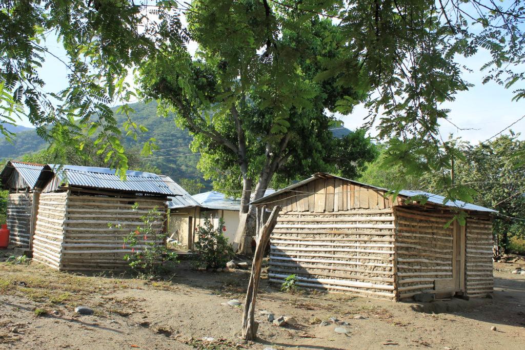 Arquitectura propia de Orobajo, casas en bareheque. Foto: Jorge David Higuita.