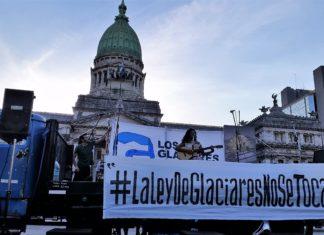 """De Jáchal (San Juan) a Buenos Aires: Llegada de la """"Bicicleteada"""" de 1300 km en defensa de los glaciares."""