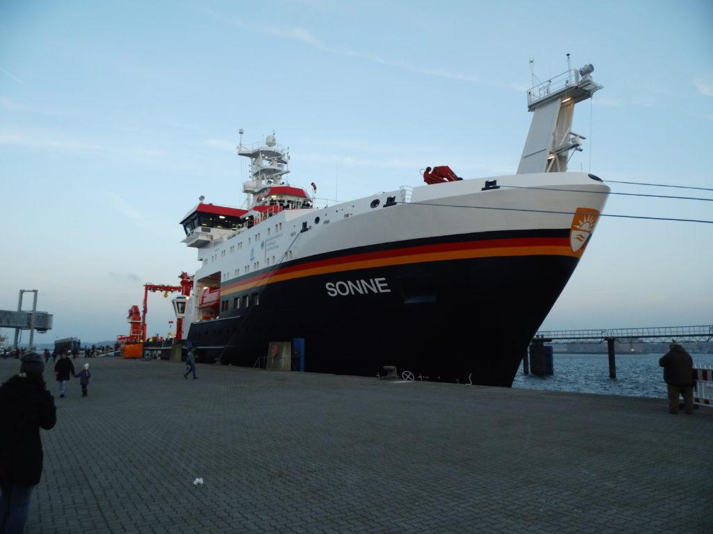 El buque oceanográfico Sonne pertenece al gobierno alemán. Foto: HenSti. Licencia: CC BY-SA 4.0.