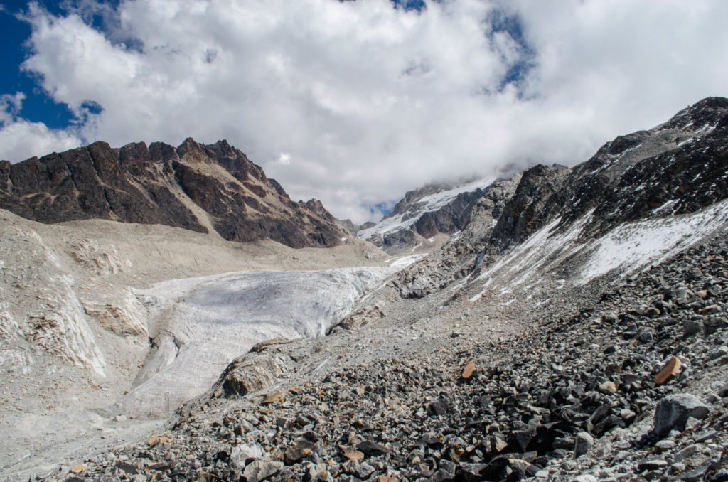 Los glaciares del Huayna Potosí, en Bolivia, muestran un retroceso sin precedentes. Foto: Esmée Winnubst. Licencia: CC BY 2.0