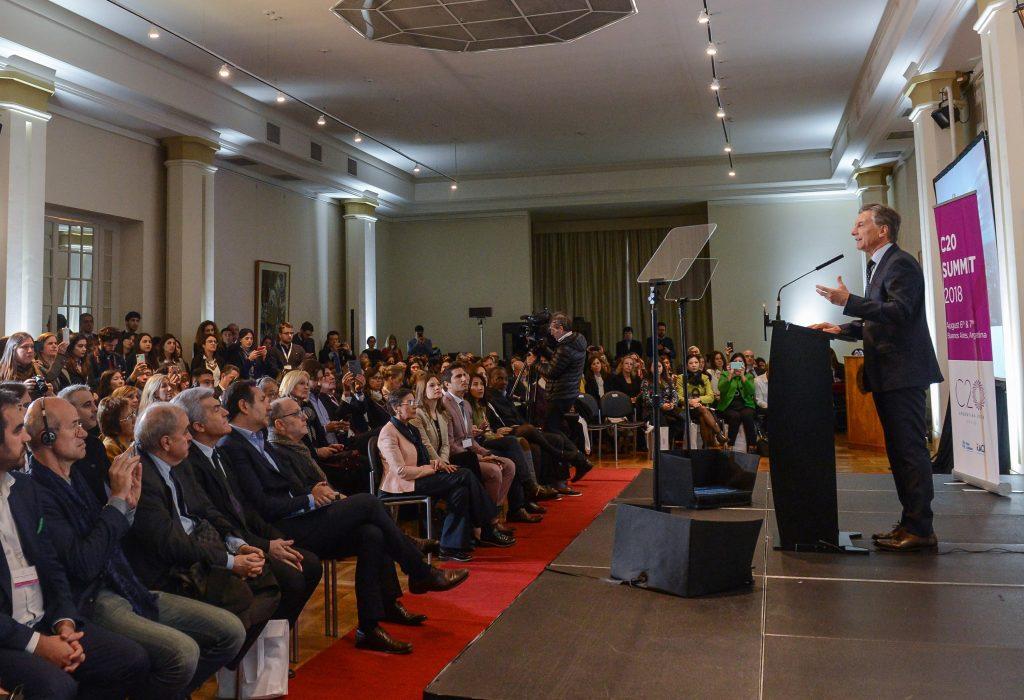 G20: Macri recibió las recomendaciones de la sociedad civil nucleada en el C20.