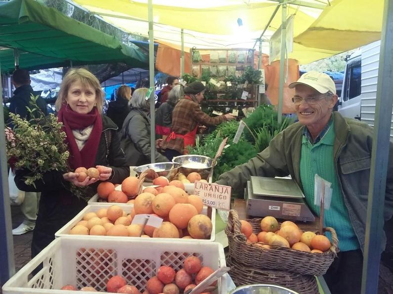 Feria de los Agricultores Ecologistas. Foto: Eliege Fante.