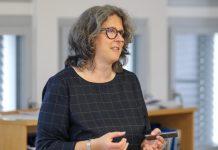 Angelika Humbert estudia la dinámica de los glaciares en relación al cambio climático. Foto: gentileza de DAAD/Focke Strangmann.