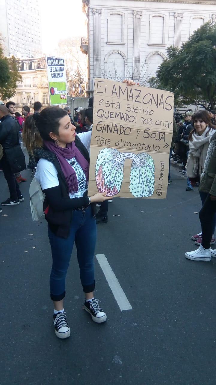 Manifestación en Buenos Aires en protesta por los incendios en el Amazonas. Foto: Matías Profeta.